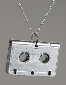 hd minimix necklace med Verbicide Holiday Gift Guide 2010